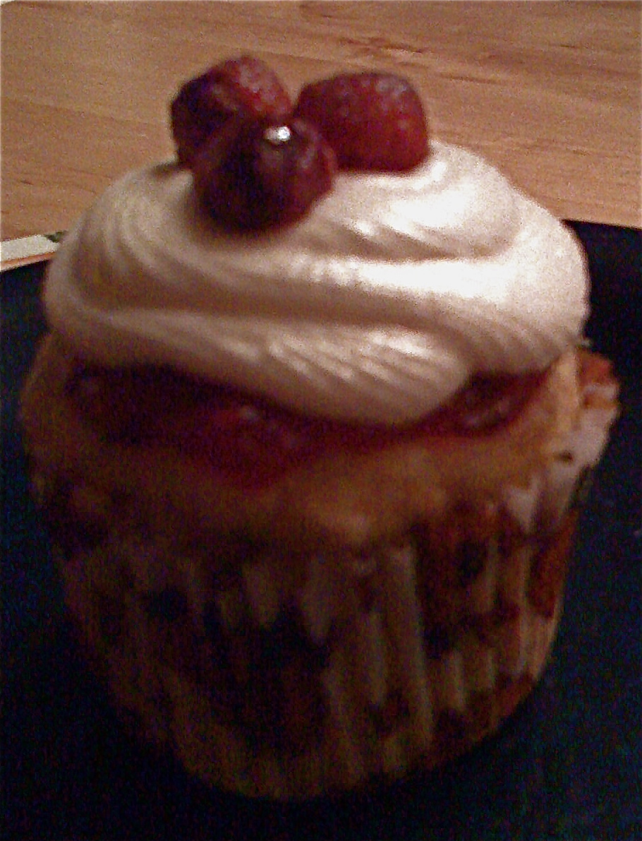 "Earth - Gluten & Dairy free Orange Cranberry Cupcake with Maple ""Buttercream"""