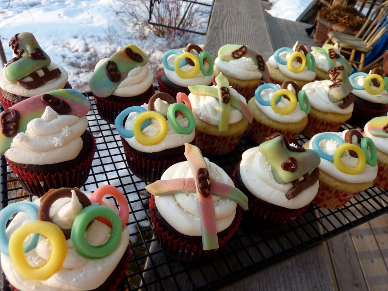 Winter Olympic Cupcakes by angelaskitchen.com